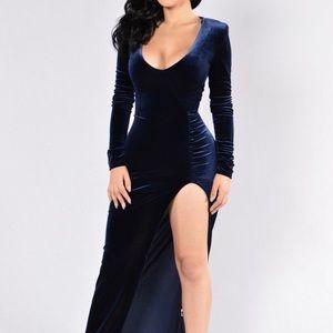 Fashion Nova Maxi Dress w Slit
